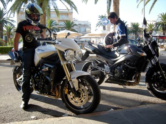 Triumph Street Triple Vs Ducati Monster